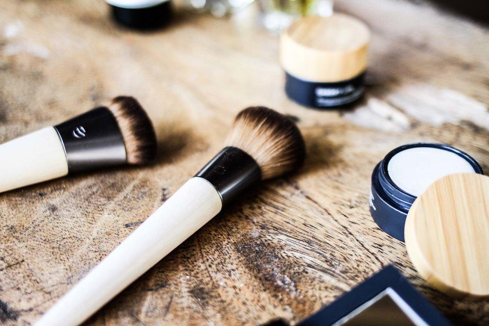 Vegan-makeup-brushes