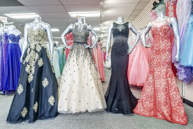 vintage clothing over all new clothing fashions